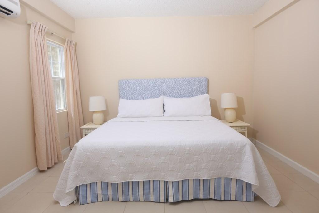 Apartment bedroom (4th bedroom)