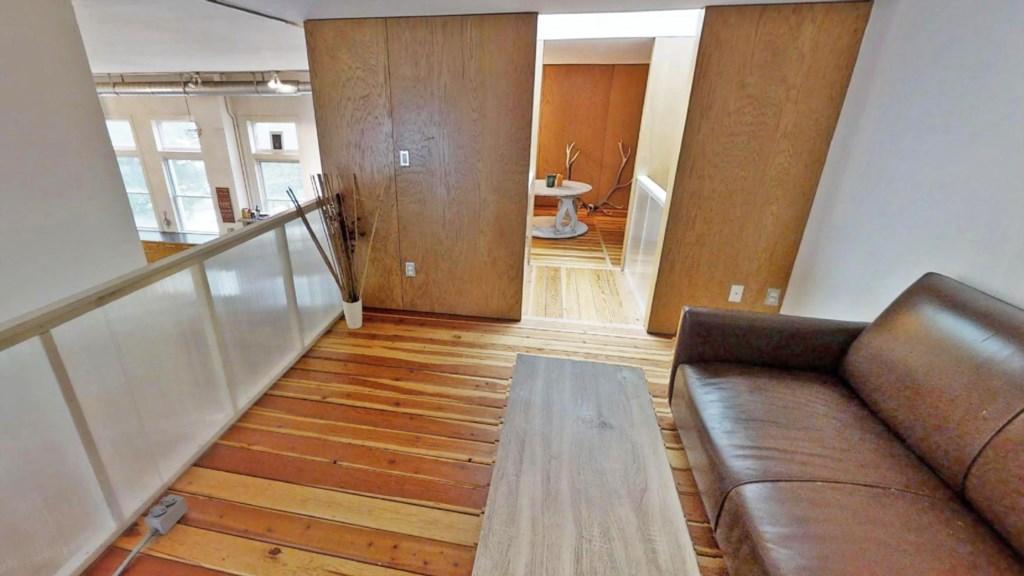 loft-room.jpg