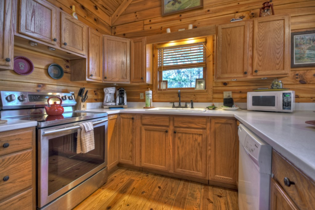 Enjoy cooking in your Gourmet Kitchen with eveything you could need for your vacation