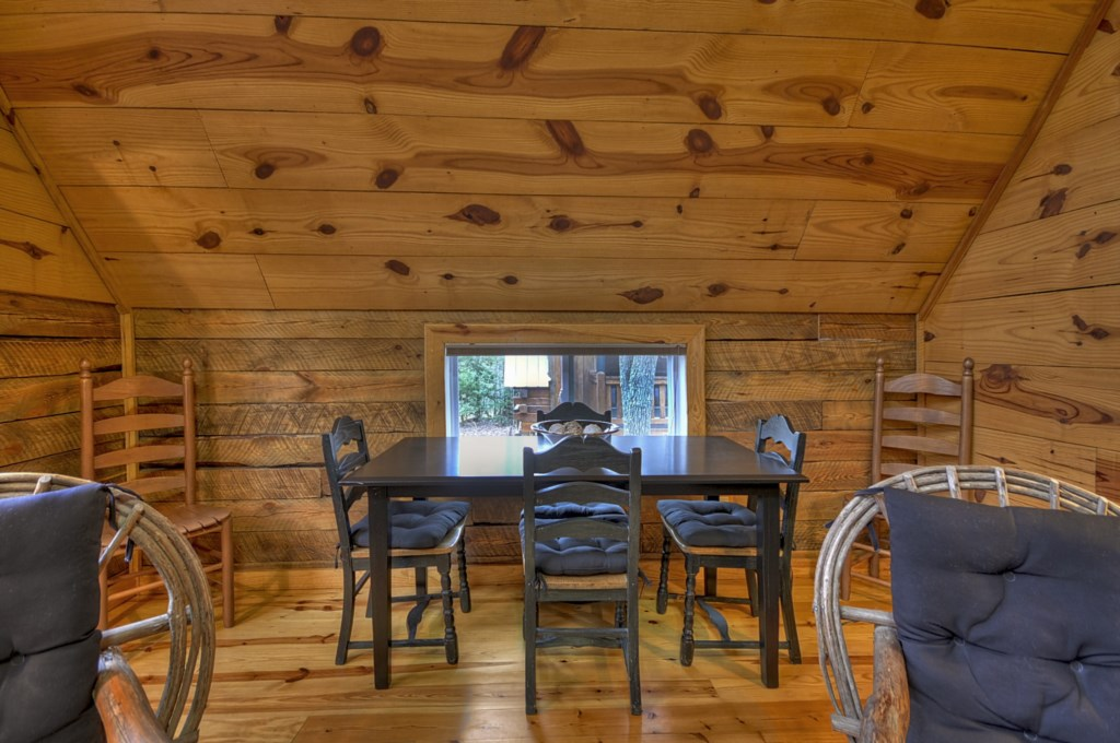 Great Dining space for the whole family