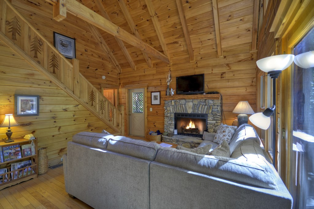 Charmingly quaint and cozy cabin