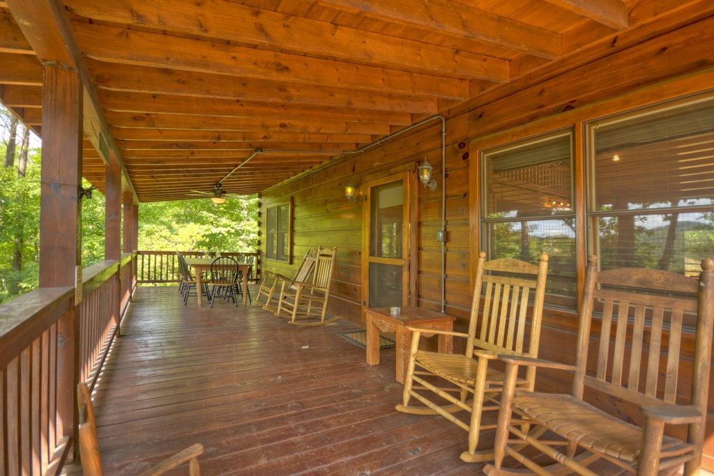 Spacious porches with seating overlooking that Aska mountain view