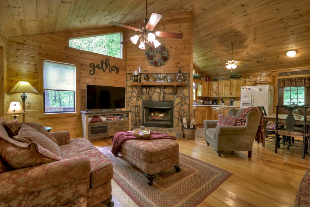 Enjoy the feel of traditional cabin decor whilst capturing a quaint retreat vs a camp