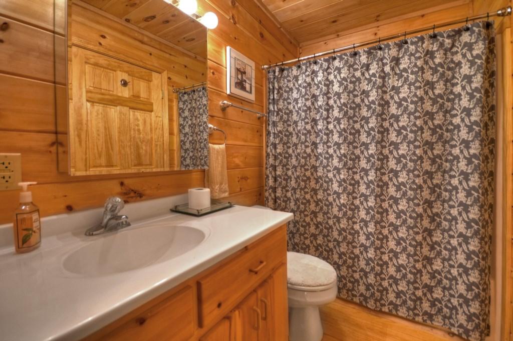 Tub/shower combo