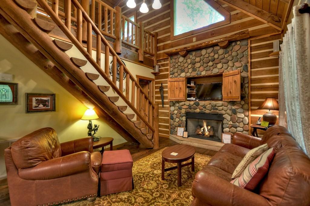 Seasonal gas logs in Living Room