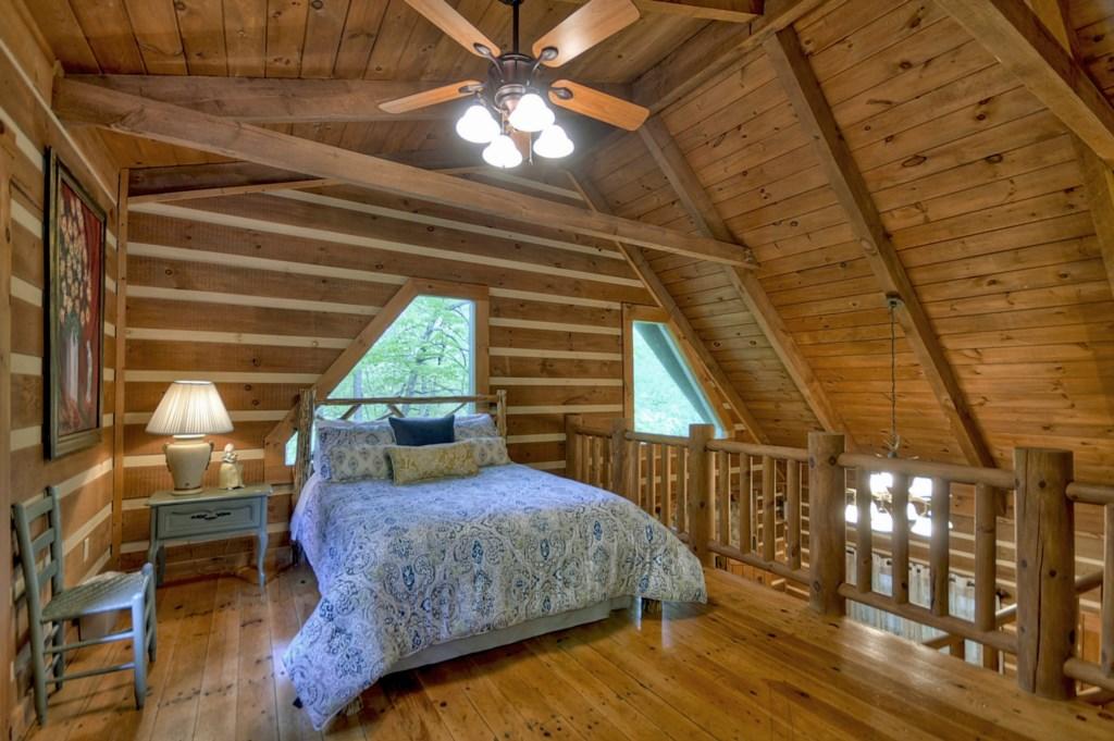 Open loft Queen size Bedroom