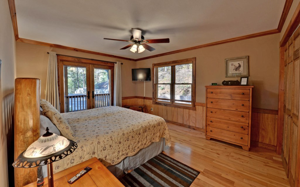 King bed & deck access in main level Master Suite