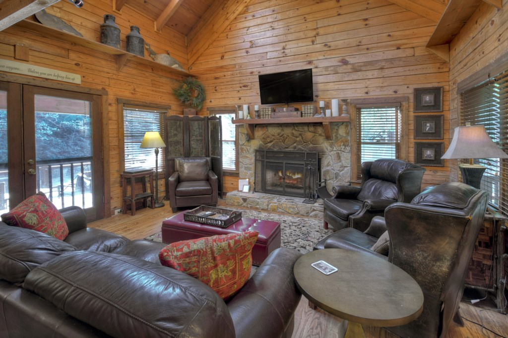 Rustic elegance prevail throughout the cabin