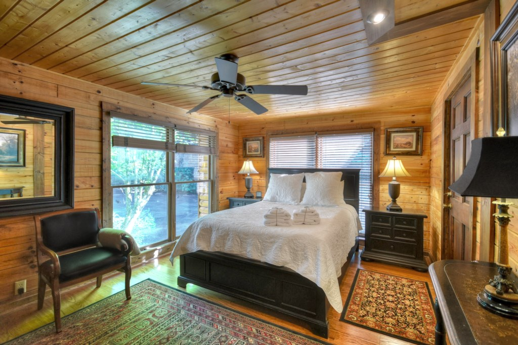 Queen Bedroom with floor to ceiling windows - What could be better than waking up to this view!