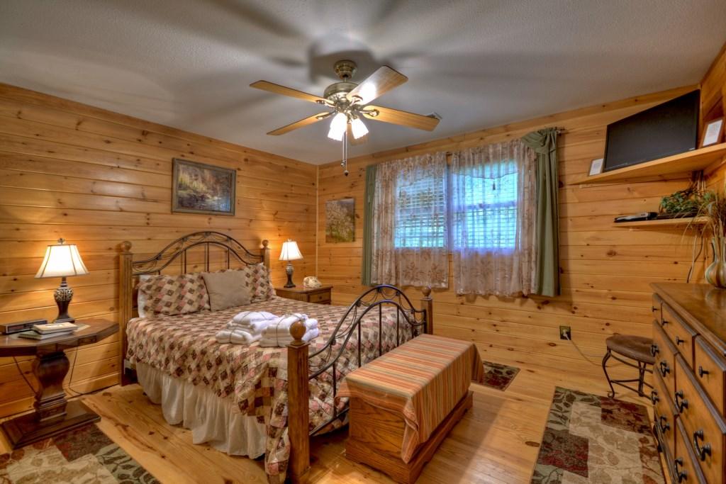 Upstairs Queen Bedroom Master Suite