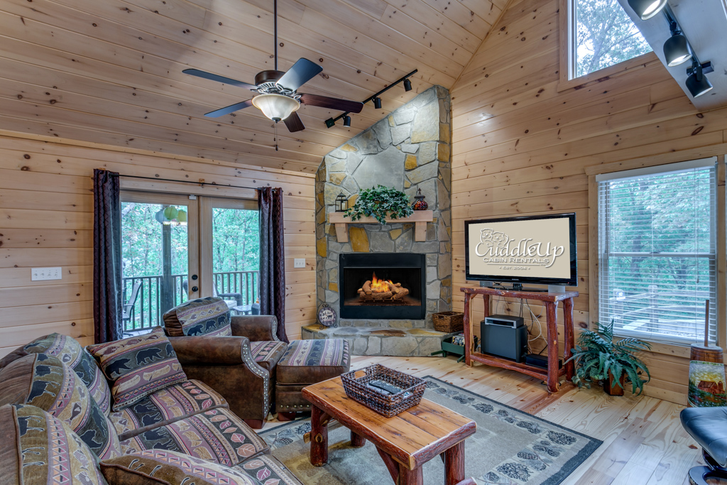 'A great cabin to come together with family and or friends, enough space for everyone to enjoy' - Re