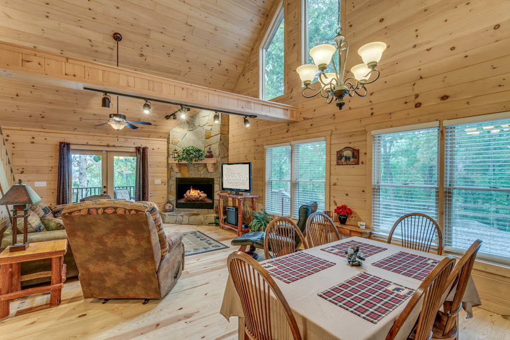 Country Dreams dining area opens into the Great Room seating
