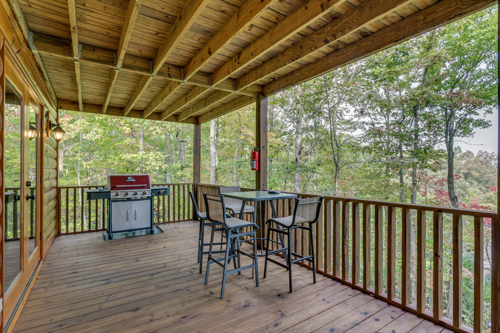 Plenty of outdoor living space available to guests