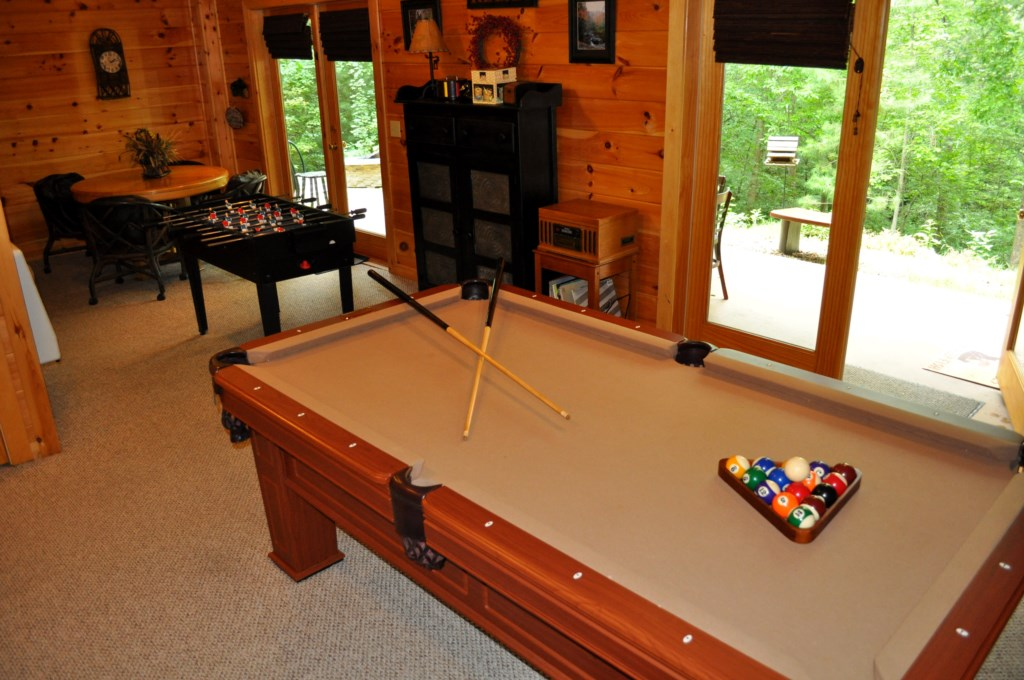 Terrace level Game room