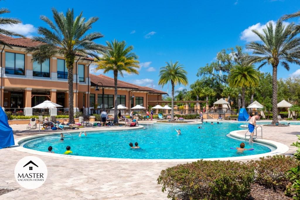 Regal Oaks Resort - Master Vacation Homes (10).jpg