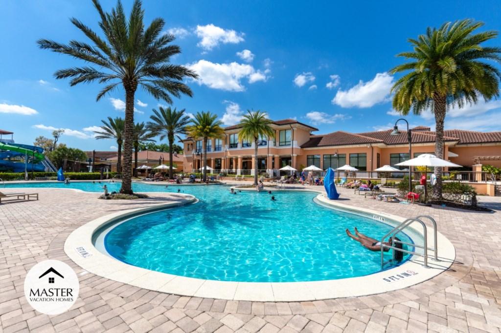 Regal Oaks Resort - Master Vacation Homes (12).jpg
