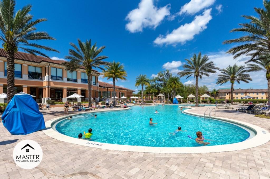 Regal Oaks Resort - Master Vacation Homes (14).jpg
