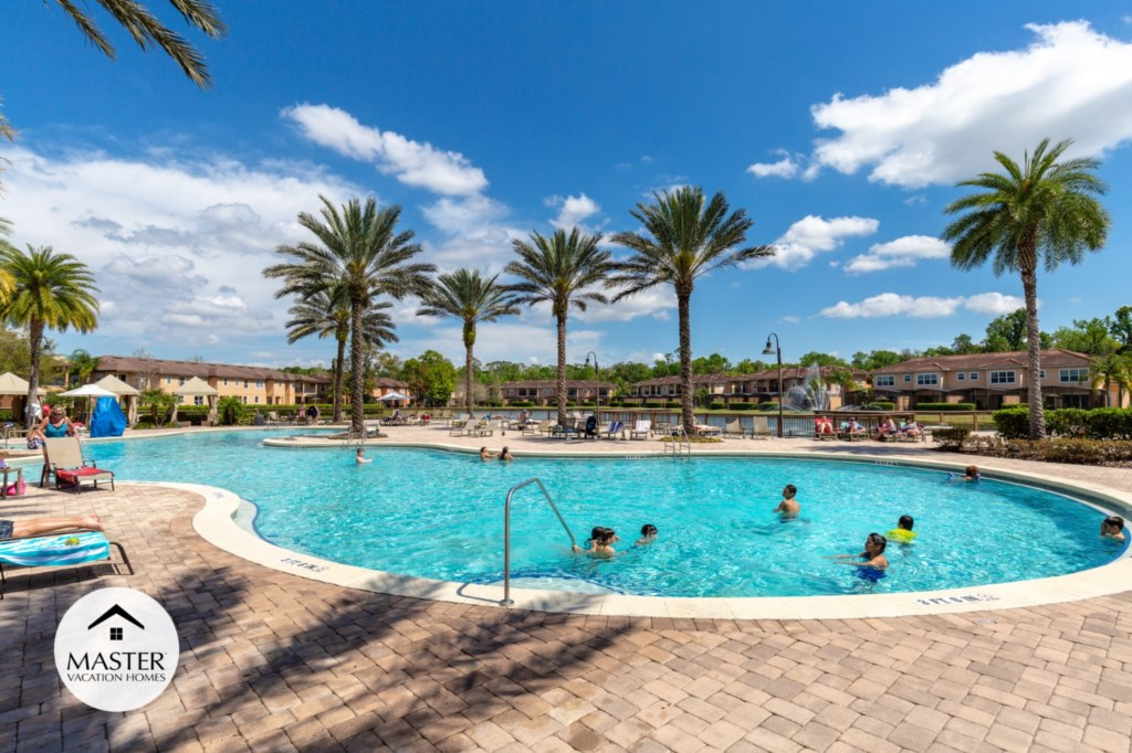 Regal Oaks Resort - Master Vacation Homes (17).jpg