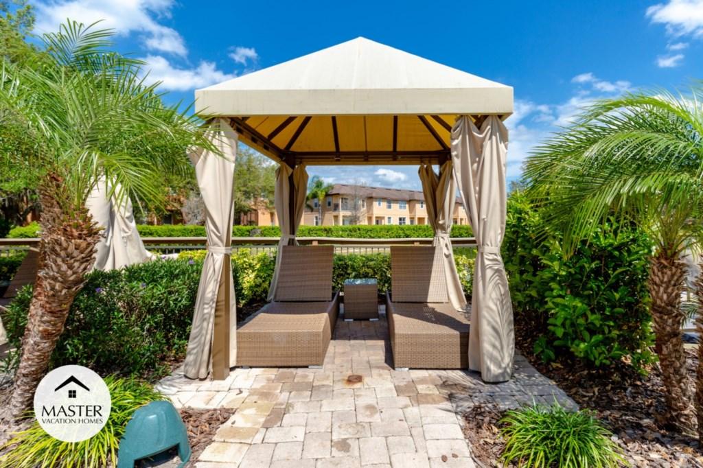 Regal Oaks Resort - Master Vacation Homes (18).jpg