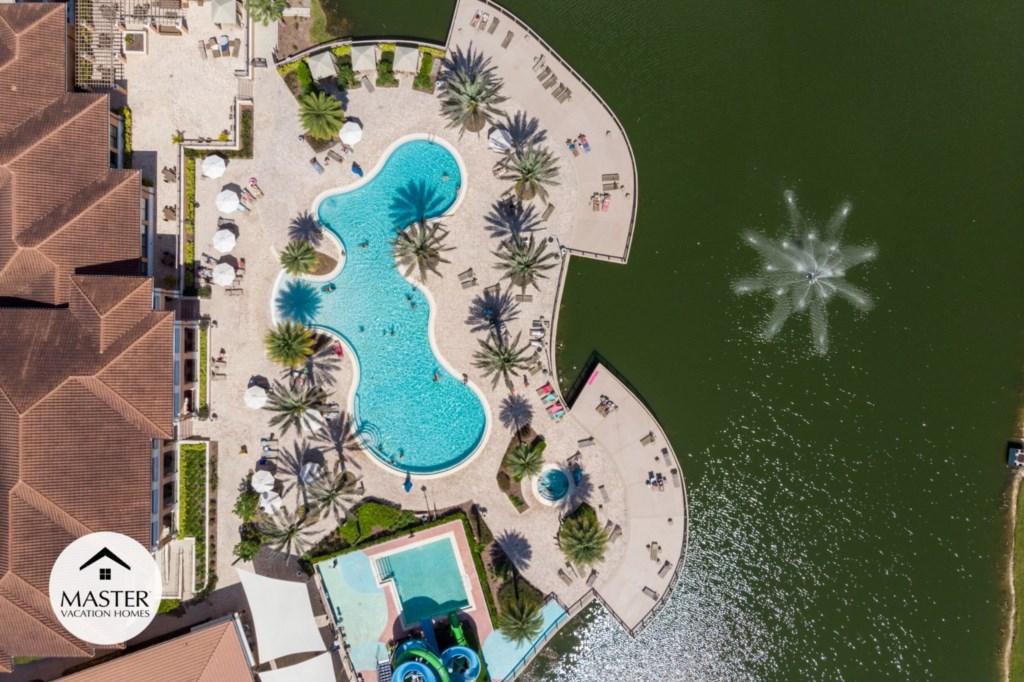 Regal Oaks Resort - Master Vacation Homes (3).jpg