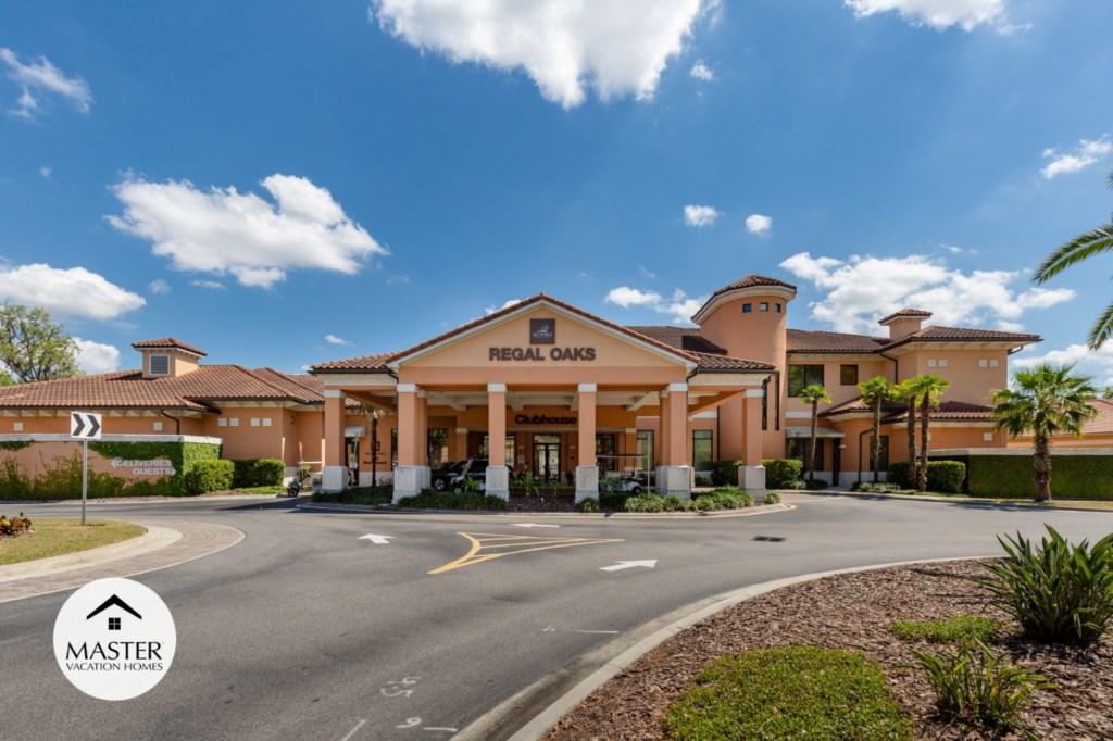 Regal Oaks Resort - Master Vacation Homes (30).jpg