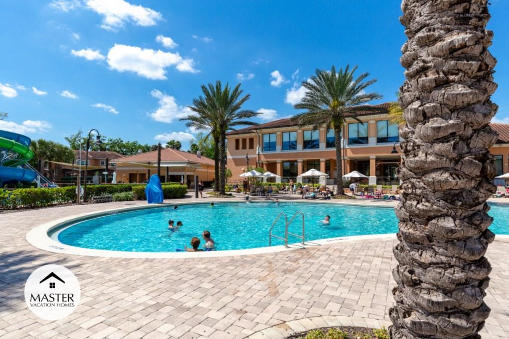 Regal Oaks Resort - Master Vacation Homes (6).jpg