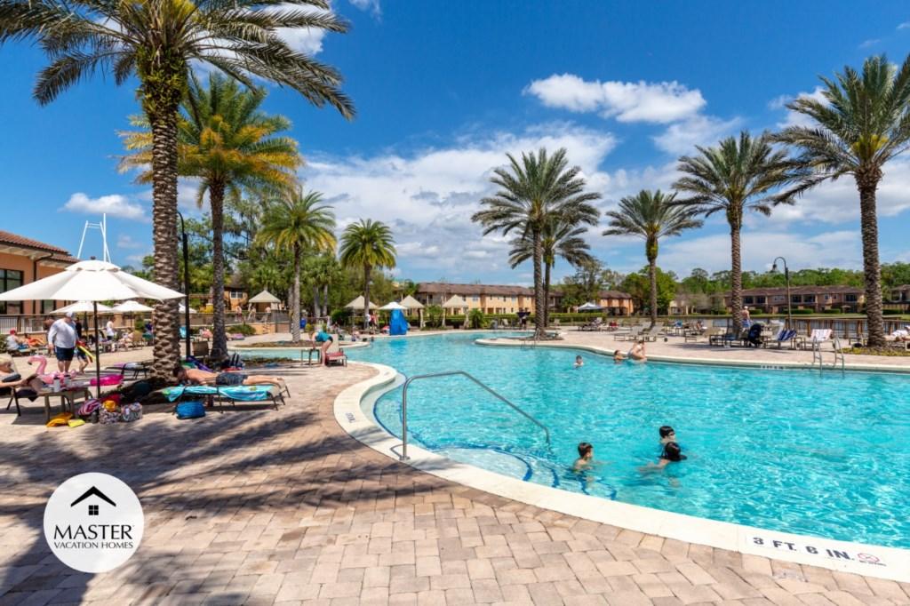 Regal Oaks Resort - Master Vacation Homes (7).jpg