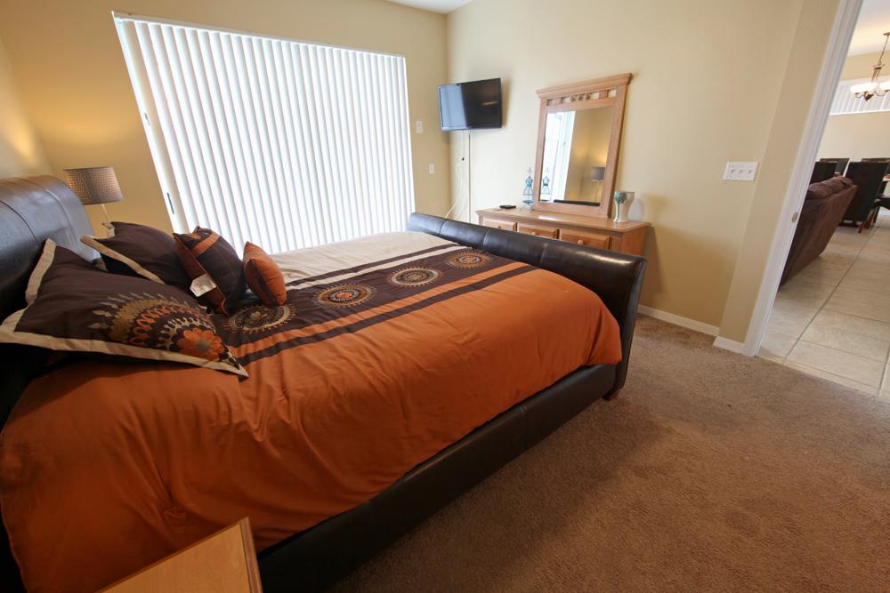 King-Master-Bedroom-2