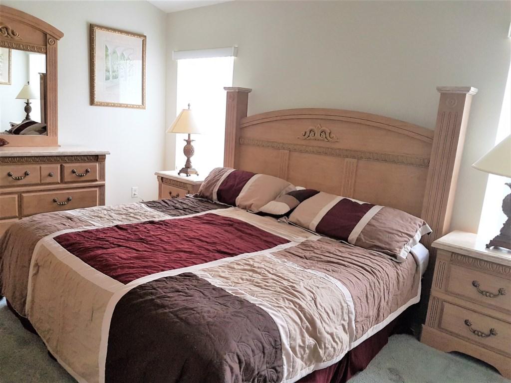 Master-Bedroom-Ensuite-1a