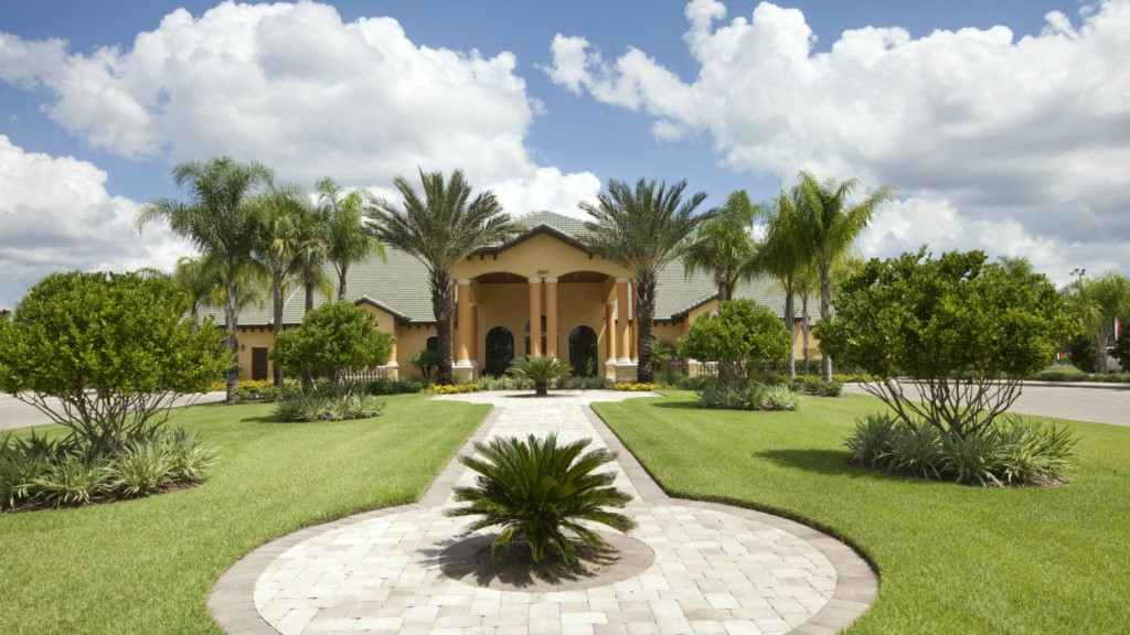Paradise-Palms-Resort-Clubhouse-2