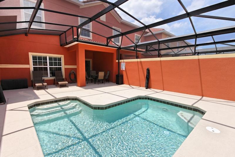 Private-Pool-3