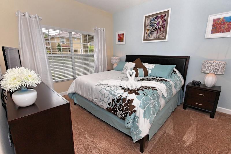 Main-Floor-Master-Bedroom