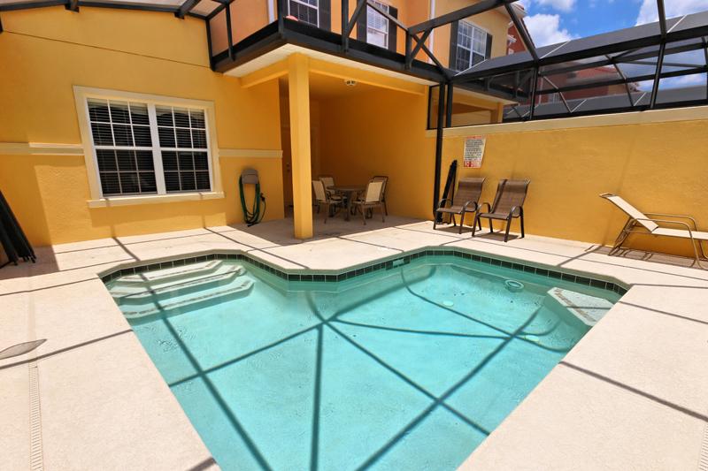 Splash-Pool-Lanai-3