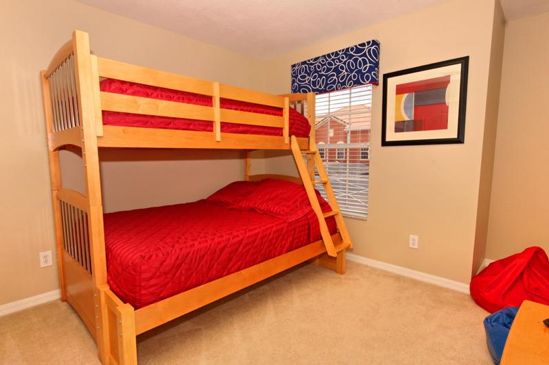 Twin-Full-Bunkbed-Room-2