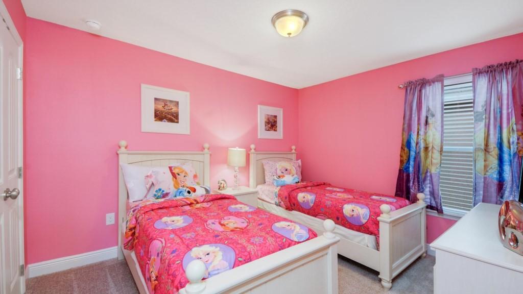 Bedroom-Twin-Bedroom-2
