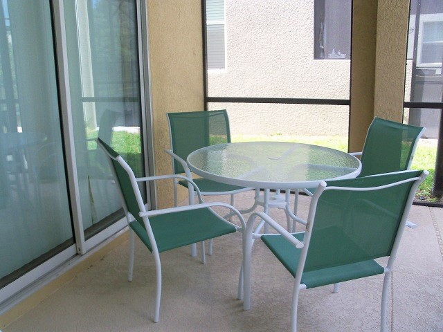 Outdoor-Seating-1