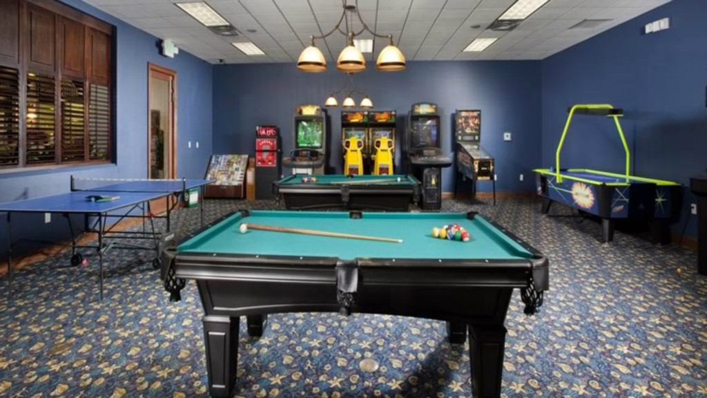 Paradise-Palms-Resort-Clubhouse-Games-Room