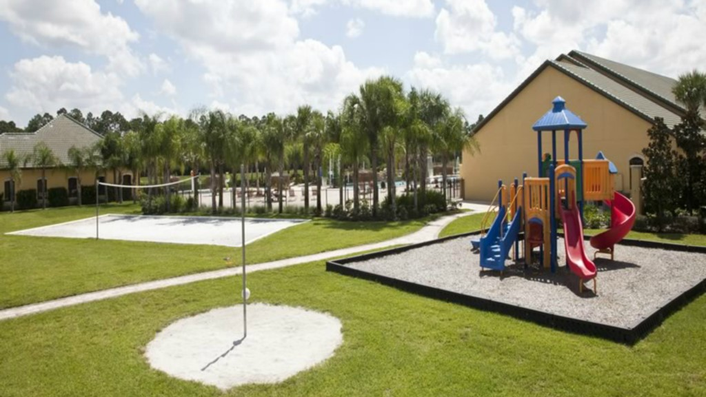 Paradise-Palms-Resort-Childrens-Play-Area