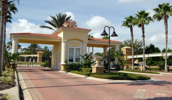Emerald-Island-Resort-Kissimmee-Front-Entrance.jpg