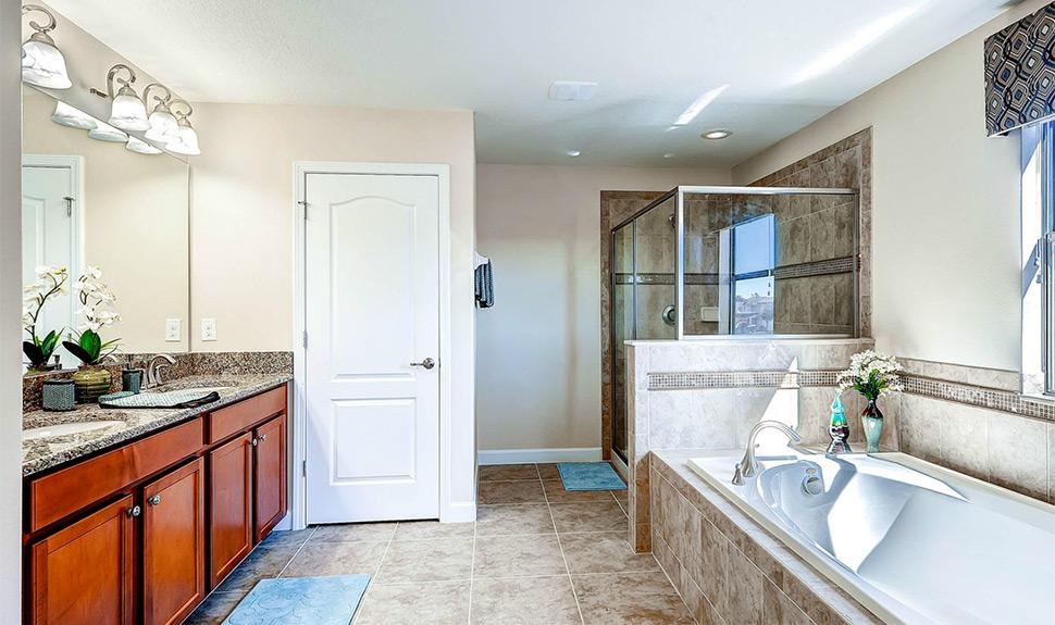 myrtle-villa-bathroom.jpg
