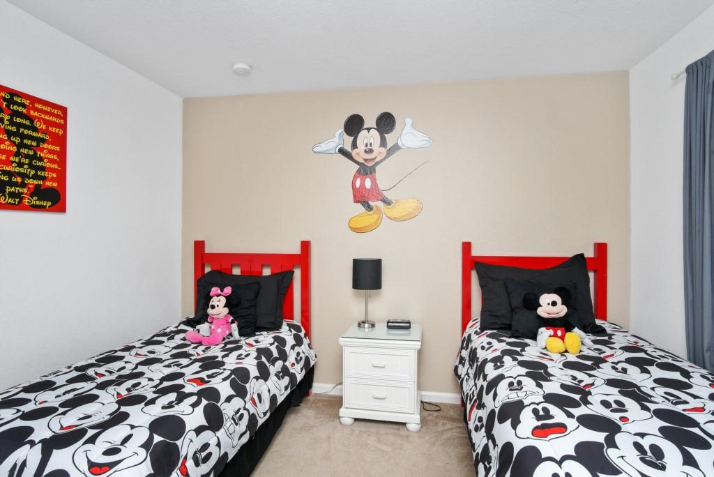 Twin-Bedroom-B2