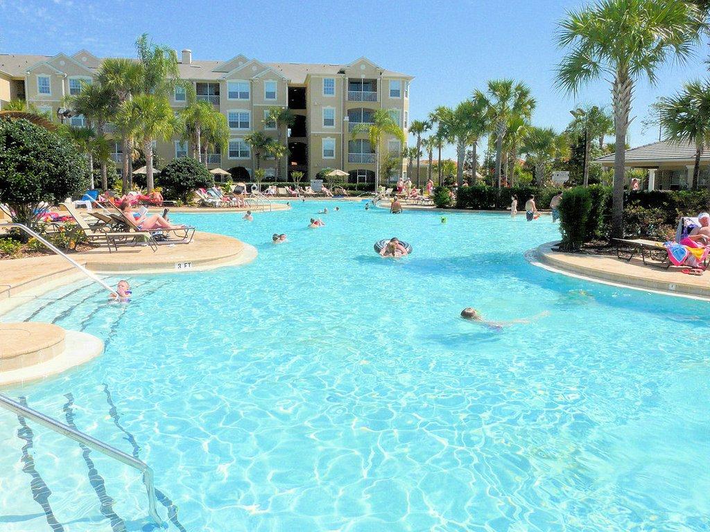 Windsor-Hills-Resort-Pool
