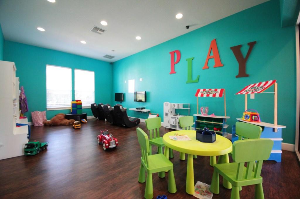 kids play room.JPG