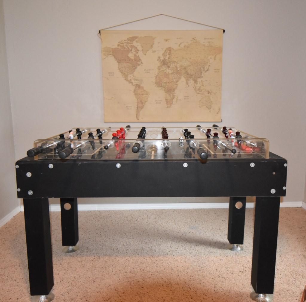 Foosball table in Den
