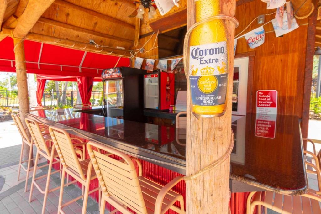 Solana Resort - Tiki Bar