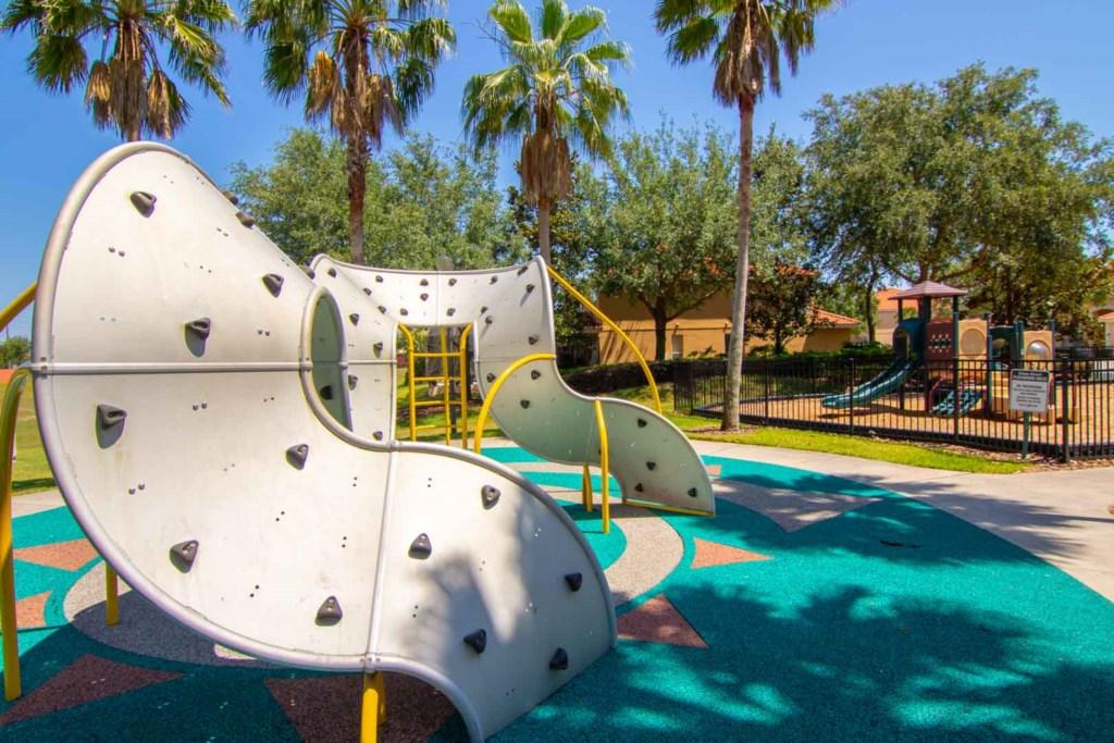 Solana Resort - Children's Rock Climbing Structure