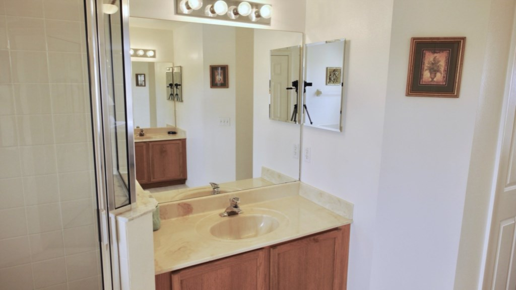 Seperate vanity for him and her.