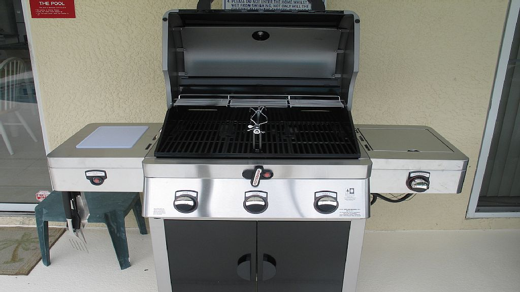 Large BBQ grill so you enjoy the outdoor living.