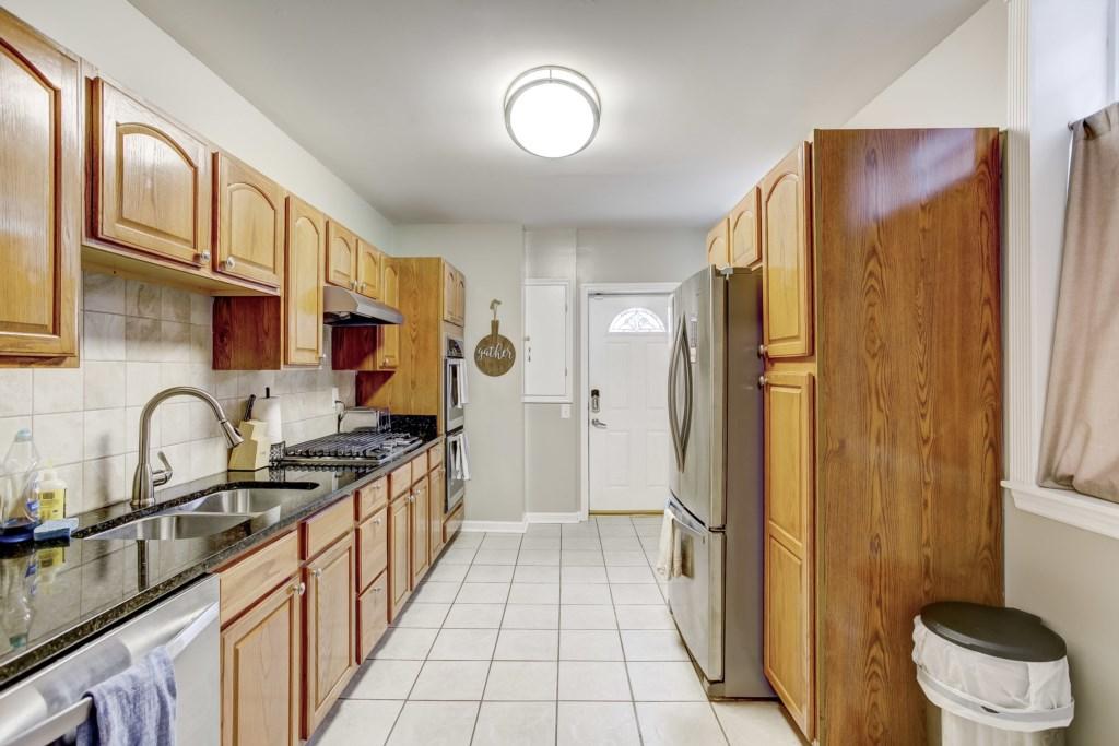 Kitchen Photo 5 of 5