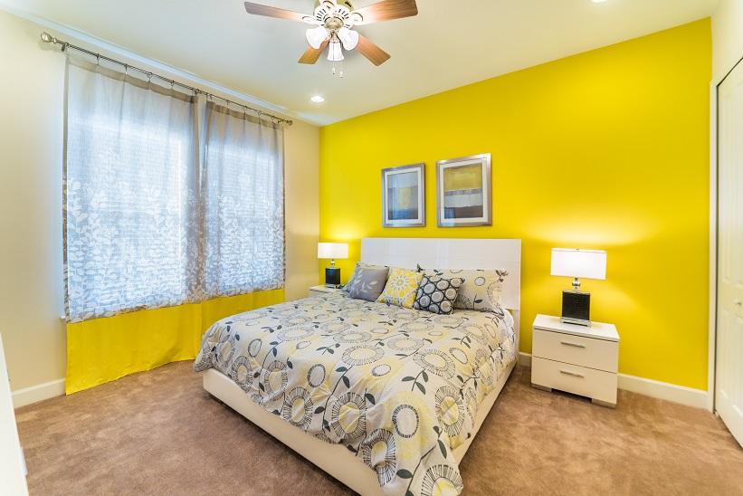 10-king suite 1.jpg